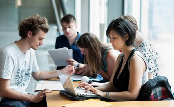 Höhere Studienbeihilfe