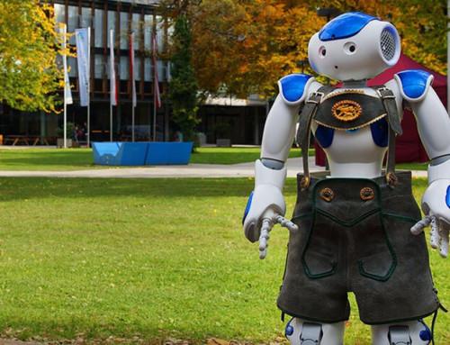 Roboter, Flugsimulator und Smart Glasses: Digitalisierung und Innovation an der FH Kufstein Tirol